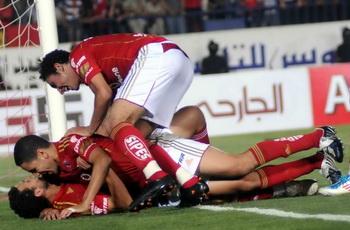 هكذا احتفلوا باللقب: جدارة التتويج واستمرار جوزيه وسعادة لقب وتحدي الأحمر 29761-9